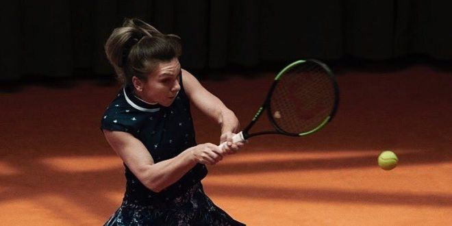 Simona Halep, Roland Garros 2019   Halep s-a antrenat pe alt teren! Cine i-a fost partenera pe cea mai noua arena de la Roland Garros. VIDEO