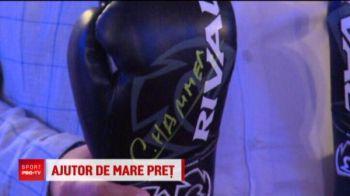 Ciocan si-a donat primele manusi purtate in America! Gestul superb al campionului din box