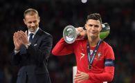 Gestul lui Ronaldo face inconjurul Planetei! Ce a facut cand a primit trofeul Nations League de la presedintele UEFA