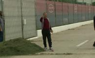 Gigi Becali, in pas cu moda! Patronul FCSB a venit la antrenament cu pantofi sport de 800 euro. FOTO