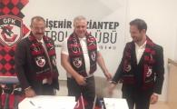 Marius Sumudica, PREZENTAT OFICIAL al Gaziantep! Promisiunea pe care antrenorul i-a facut-o presedintelui clubului turc | Primele transferuri