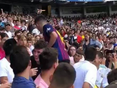 EDEN HAZARD, PREZENTAT LA REAL MADRID | Moment incredibil in tribuna: un fan a venit imbracat cu tricoul Barcei! Ce a urmat