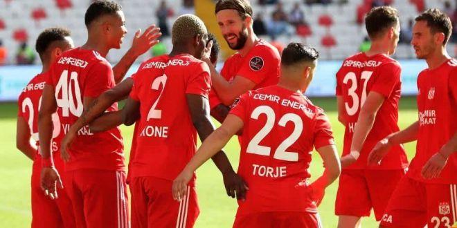 Paul Papp si Gabi Torje, OUT de la Sivasspor! Anuntul a fost facut de formatia turca!  Le multumim pentru activitatea depusa  Unde poate ajunge fostul fundas de la FCSB!