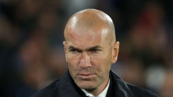 """Zidane, pus la zid de un jucator de la nationala U21 a Spaniei! """"Nu-ti face griji, mister, nici eu nu vreau sa lucrez cu tine!"""" Mesajul transant al fotbalistului"""