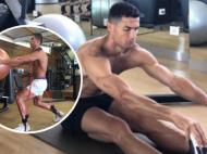 Cristiano Ronaldo s-a inchis in sala de forta in vacanta si arata ca o MASINARIE! Ce varsta biologica are corpul lui, potrivit medicilor