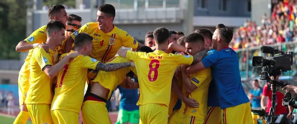 """Romania, te iubim! Invingem reprezentanta vicecampioanei mondiale! Asta e nationala pe care ne-o dorim!"" Caramavrov, dupa victoria uriasa a Romaniei"