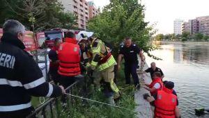 Tanar inecat in Bucuresti dupa ce a sarit in apa sa-si ajute prietenul. Ce facusera inainte