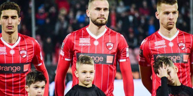 Dinamo a dat afara inca 3 jucatori! Grecul Papazoglou e OUT din Stefan cel Mare, dar ramane in Liga I!