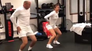 "Simona Halep, Wimbledon   ""Eee, Macarena!!!"" Simona Halep, moment amuzat in Anglia: a inceput sa danseze in vestiar!"