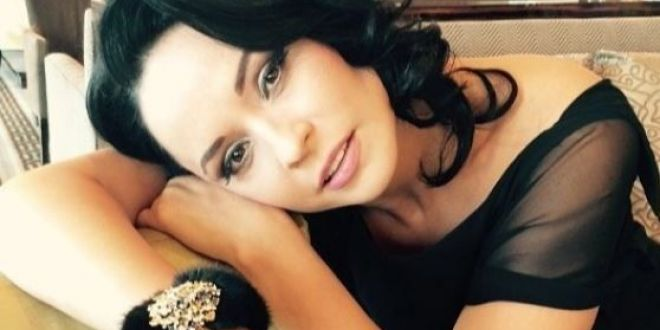 Andreea Marin are o sora la fel de frumoasa ca ea. Singura diferenta? Are ochii albastri. Cum arata