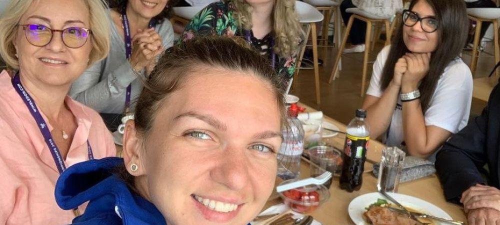 HALEP - BUZARNESCU, WIMBLEDON 2019: Cu cine a luat masa Simona inainte de meci. FOTO