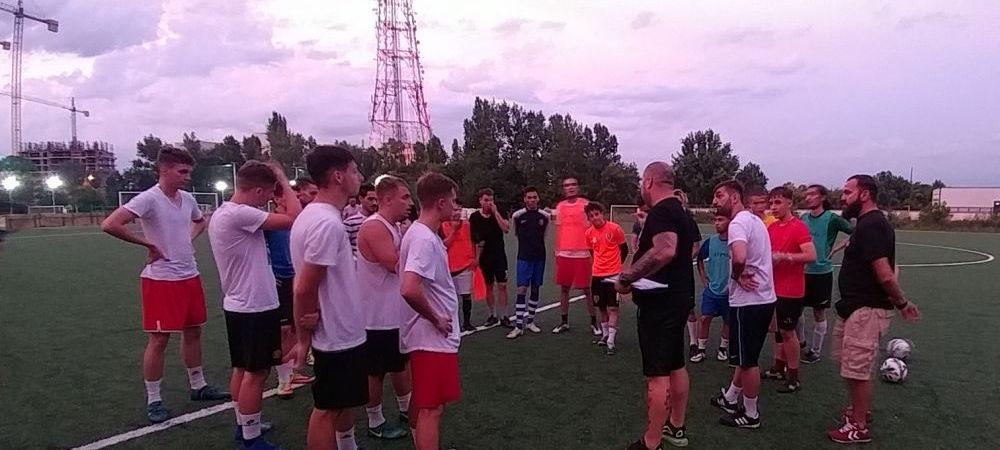 REPORTAJ SPORT.RO / Intr-o vara, intr-o seara, niste baieti se adunara. Cum arata fotbalul adevarat din Romania