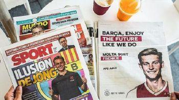 """""""Barca, bucura-te de viitor!"""" Ajax a cumparat o pagina de reclama in ziarul de casa al Barcelonei, sa-i felicite pe catalani pentru transferul lui De Jong"""