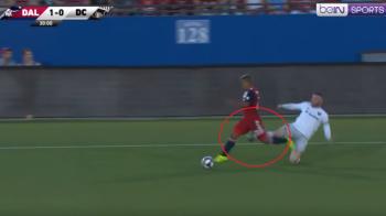 A vazut cartonasul rosu, dar a avut verde la joc! Cum a putut continua Rooney meciul chiar daca a fost eliminat VIDEO