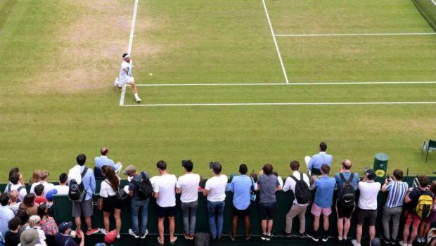 "Wimbledon 2019 | E in TOP 10 ATP si s-a dat in spectacol pe teren! ""Englezi nenorociti, sper ca o bomba sa explodeze aici!"" Comportament incredibil pe iarba de la Wimbledon"