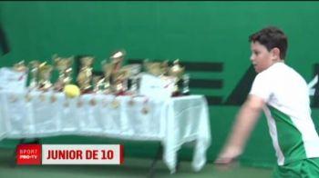 Un pusti din Romania ii calca pe urme lui Federer! Tatal si bunicul i-au pus racheta in mana in ziua in care a inceput sa mearga