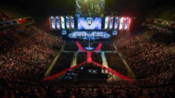 Imagini ireale: 15.000 de spectatori la finala de Counter Strike si 1 milion $ marele premiu! Cine este noua campioana mondiala