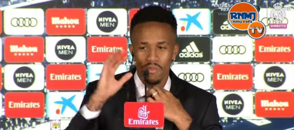 Jucatorul pe care Real a platit 50 de milioane de euro, la un pas sa lesine la conferinta de prezentare! I s-a facut rau si a iesit din sala | VIDEO