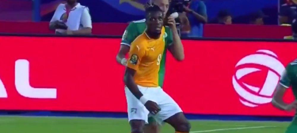 FABULOS! I-a luat mana adversarului si a incercat sa obtina cartonasul ROSU! Faza incredibila la Cupa Africii