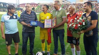 S-a retras, da' nu prea! Sarbatorit la amicalul Mioveni - FCSB, Ayza a semnat cu alta echipa. Unde va juca in sezonul viitor