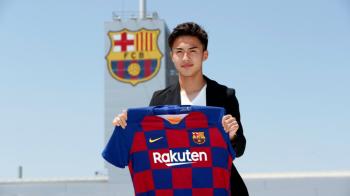 OFICIAL: Barcelona si-a prezentat al 4-lea transfer al verii! Catalanii i-au pus clauza de 100.000.000 euro