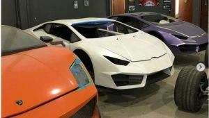 Doi barbati construiau in garaj REPLICI de Ferrari si Lamborghini. SUMA incredibila cu care le vindeau