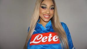 """Iubita unui jucator de la Napoli a RABUFNIT online: """"Suporterii napoletani ma dezgusta, sunt rasisti!"""" Ce i-au facut. FOTO"""
