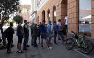 Cozi la Biroul de Organizare Evenimente Culturale din Sf. Gheorghe! :) Cerere uriasa de bilete la meciul cu FCSB!
