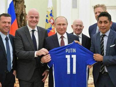 """Secretul ascuns al lui Vladimir Putin: s-a aflat cu ce echipa de fotbal tine unul dintre cei mai puternici oameni din lume :) """"E fan, dar prefera sa nu mearga pe stadion"""""""