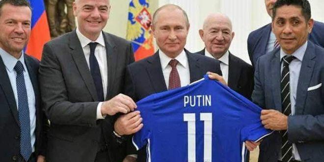 Secretul ascuns al lui Vladimir Putin: s-a aflat cu ce echipa de fotbal tine unul dintre cei mai puternici oameni din lume :)  E fan, dar prefera sa nu mearga pe stadion