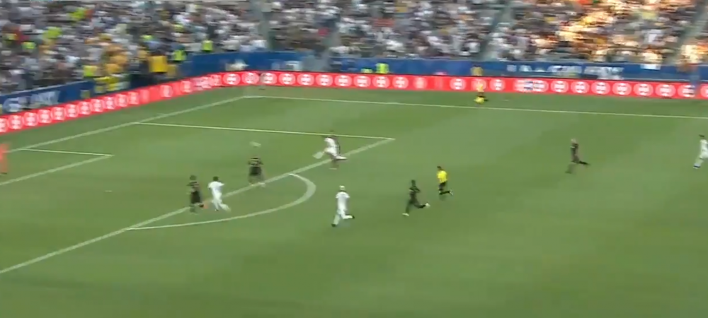 THIS IS ZLATAN! Ibrahimovic e un MONSTRU! A dat 3 super goluri in derby-ul din Los Angeles! VIDEO: cum a marcat