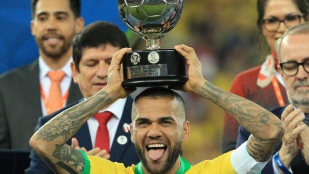 """""""Hei, Dani! Ti-am vazut CV-ul, nu e rau!"""" OFERTA AMUZANTA primita de Dani Alves: cum a incercat un club din San Marino sa-l convinga"""