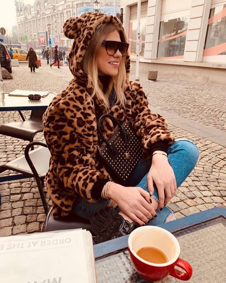 Cea mai SEXY jucatoare de volei pleaca din Romania! Unde s-a transferat chiar de ziua ei. FOTO