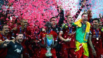 Momentul care nu s-a vazut la TV! A intrat pe teren la Supercupa Europei si a fost nevoie de opt stewarzi sa-l prinda. VIDEO
