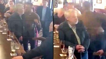 Conor McGregor, moment SOC surprins de camere! A LOVIT un batran intr-un bar dintr-un motiv INCREDIBIL. VIDEO