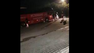 Atentie, imagini DURE! Ce s-a intamplat, de fapt, azi-noapte in benzinaria din Balotesti unde autocarul lui Dinamo a fost atacat