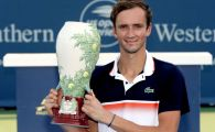 A treia oara a fost cu noroc! Rusul Medvedev, campion la Cincinnati, dupa ce l-a invins pe Goffin. Va intra in TOP 5 ATP