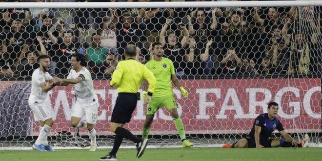 Ai mila de ei, au familii!  Faza incredibila a marelui rival a lui Zlatan Ibrahimovic! Comentantorul a innebunit cand a vazut reusita! VIDEO