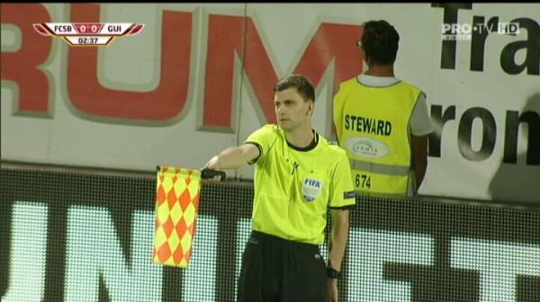 FCSB - VITORIA GUIMARAES | Gol anulat FCSB-ului in minutul 3 pentru un ofsaid