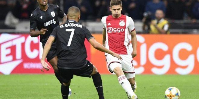 Ajax recunoaste:  Razvan Marin joaca ingrozitor de prost . Planul lui Ten Hag cu mijlocasul roman
