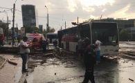 BREAKING NEWS! Un copac a cazut peste un autobuz cu pasageri, in Bucuresti