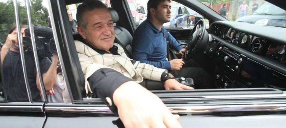 """Becali a descins pentru a doua oara intr-o saptamana in cantonament! Ce le-a spus fotbalistilor dupa 0-4 la Medias: """"E singura sansa"""""""