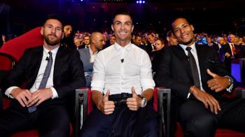 SUPER MOMENT: Cum a reactionat Ronaldo cand l-a vazut pe Messi la tragerea la sorti a grupelor UCL! Cei doi au stat unul langa altul: FOTO
