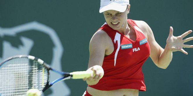 Kim Clijsters revine pe teren dupa o lunga pauza! Ce varsta aveau jucatoarele din top 10 cand Kim Clijsters s-a retras ultima data