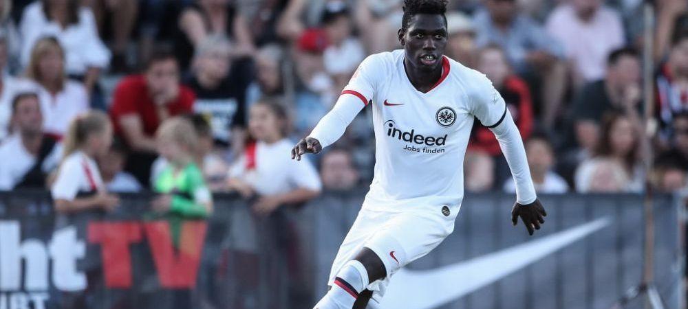 FABULOS! Jucatorul de la Eintracht Frankfurtcare si-a dat in judecata propria mama. Ce ii cere
