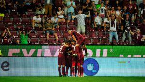 CFR CLUJ - LAZIO | Cati bani poate incasa echipa lui Dan Petrescu pentru o victorie cu Lazio! Ce sume ii aduce participarea in grupele UEFA Europa League