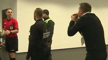 """""""Baaa baiatule! RASPUNDE, BA!"""" Stoican l-a asteptat pe arbiru la vestiare dupa ce a fost eliminat in U Cluj 4-0 Petrolul! Scandal monstru"""