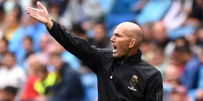 Zidane tot mai aproape sa fie demis! Jucatorii pun presiune pe Perez! Galacticii au pornit o RASCOALA in vestiar! Cine sunt cei sase jucatori care vor cu orice pret ca Zidane sa fie OUT