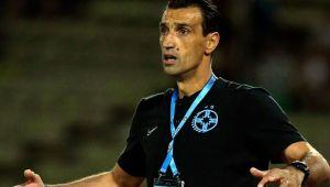 """FCSB - CFR Cluj   Bogdan Vintila si-a iesit din fire! Care este intrebarea care l-a iritat pe antrenorul FCSB-ului! """"Doamne ajuta"""" :)"""