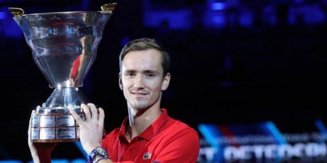 Daniil Medvedev nu a fost o revelatie, este o certitudine! A castigat turneul ATP de la Sankt Petersburg fara sa piarda set